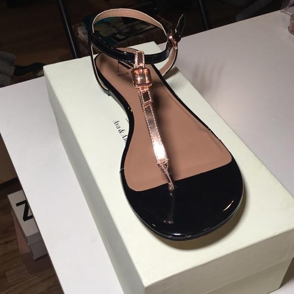 78887591b003 Ava   Aiden rose gold black sandals BRAND NEW